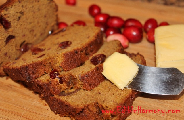 Paleo Pumpkin Cranberry Bread